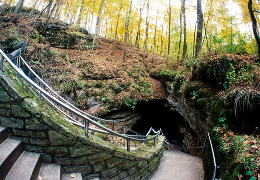 Entrance to Mammoth Cave
