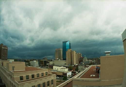 Storm approaches Lexington
